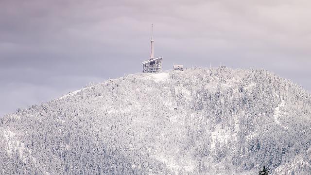 vysílač na hoře